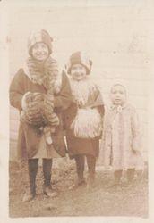 Anna, Minnie, and Joe Clapper