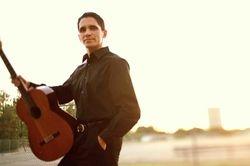 Tavi Jinariu, Classical Guitarist