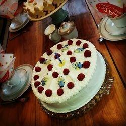 Minion Sahne Torte