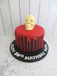 Skull Drip Cake