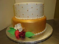 Fondant gold bottom cake $7/serving.