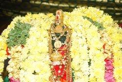 Dhivya Alangaram for Sri Maragadha Maha Meru