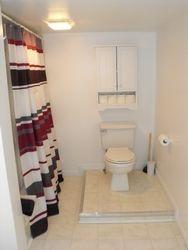 upstairs suite bathroom