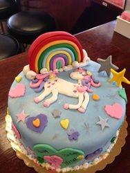 Rainbows & Unicorn Cake