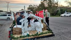 Christmas parade float 4