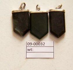 09-00032 Jade Pendant Chevron