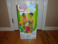 Little Tikes TotSports Easy Hit Golf Set- BRAND NEW IN BOX - $20