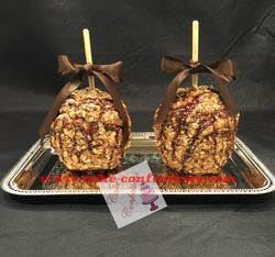 Gourmet Snickers Caramel Apples