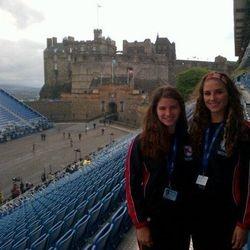Jenny and Erin @ Edinburgh Castle!