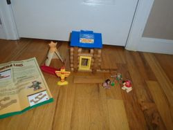 Lincoln Logs Rocky River Trading Post - $35