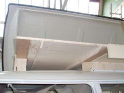 VW T2 Roof Sleeper 44, slide boards