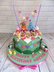 Character Picnic Cake