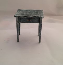 Chippendale serpentine table