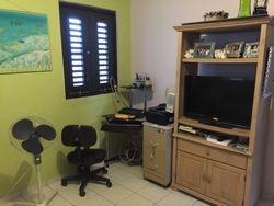cuarto estudio oficina
