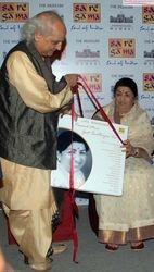 Pandit Jasraj and Smt Lata Mangeshkar