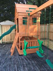 backyard discovery Pacific View swing set assembly in arlington Virginia