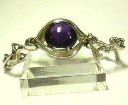 09-00128cAmethyst Cabochon Sterling Link Bracelet