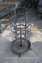 #24/179 French Rotating Bottle rack with dish