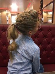 Frisur bei Mila