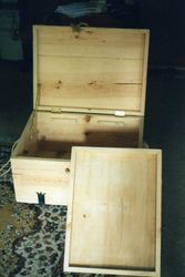 Pine camping box