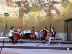 Cello-ensemble in de Kolonnade