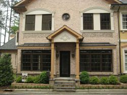 Lenox Manor - unit 6 exterior