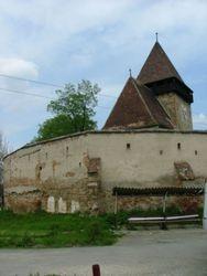De kerk vanaf het dorp2007