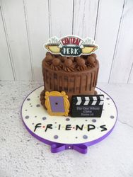 Friends themed Drip Cake