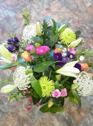 Pastels seasonal bouquet