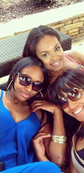 Aaliyah, Demetria McKinney & Amber Tai Chillin' On The Rooftop
