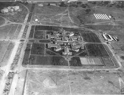 1927 Hotel Canberra & policemen's camp