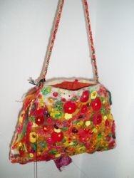 'Begonia' felt bag