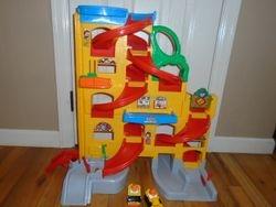 Fisher Price Little People Wheelies Stand 'n Play Rampway - $25