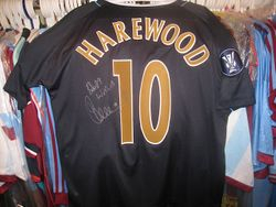Marlon Harewood UEFA cup 2006/07 used and squad signed shirt