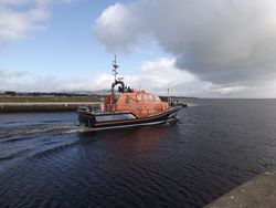 Porthdinllaen new Lifeboat heads for home