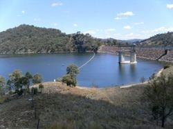 Overlooking Chaffey Dam near Tamworth - 2 Dec 2009
