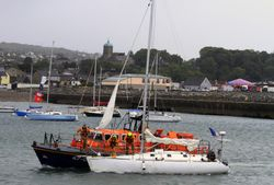 Wicklow RNLI assist lone sailor after distress call