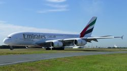 Emirates Airbus A380 A6-EEK