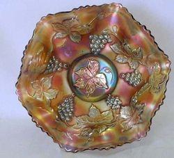"Vintage 7"" ruffled bowl - amethyst"