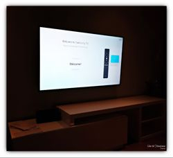 flat TV 65 inches wall mount installation