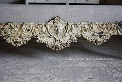 #29/136 FRENCH SLEIGH BED DETAIL