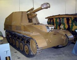 105mm Howitzer  mounted on Pz II: