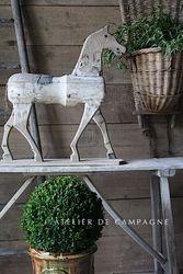 #29/216 VIGNETTE HORSE