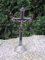 Metalinis kryzius. Kaina 10 Eur.