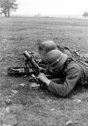 Granatwerfer 36 in action: