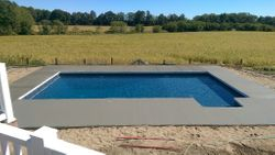 "18 x 36 6"" Radius Concrete Cantilever Coping"
