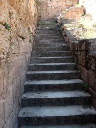 Stairway 2, Delphi