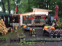 Halloween camper decorated contest