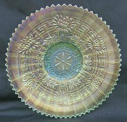 """Embroidered Mums 9"""" plate, ice green"""