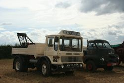 Leyland Comet recovery lorry